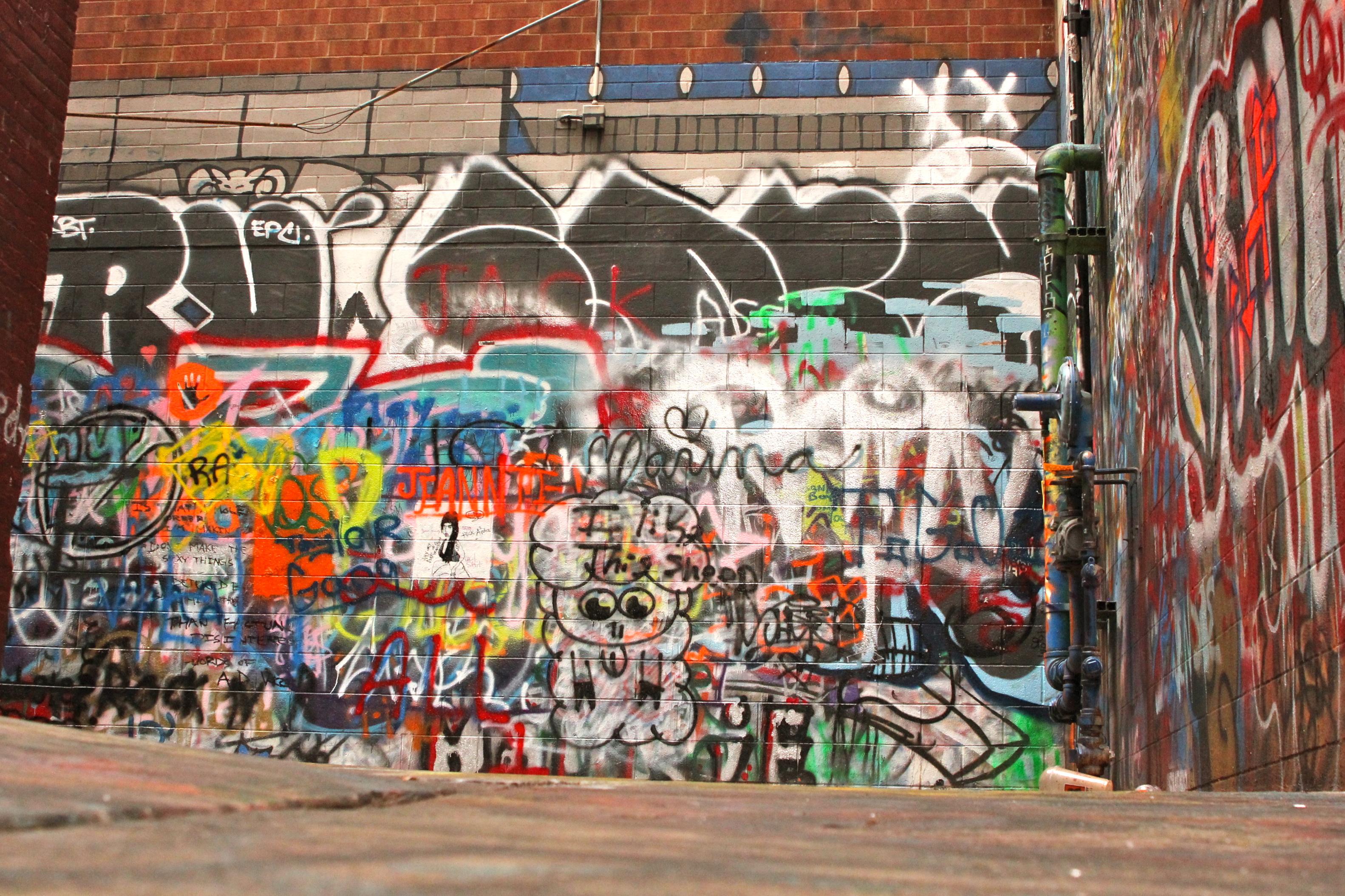 Graffiti wall ann arbor - I